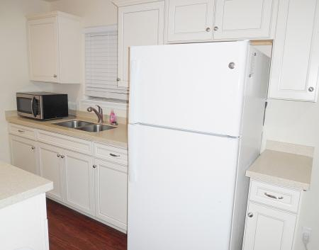 Click to enlarge image All new kitchen with well stocked cabinets - FISHERMAN'S DELIGHT - Large two bedroom cottage bungalow��with screened porch