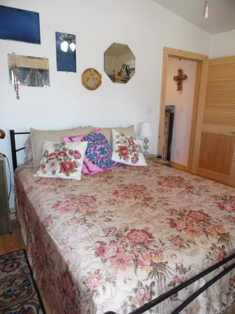 Click to enlarge image Queen bed in the master! - Casita Jardin, 1 Bedroom, 1 Bath Upper Floor Bungalow, Sleeps 2, - No children, No Pets, Walk to Restaurants, Nightlife, and Shopping